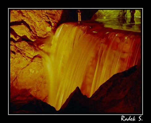 Wasserfall in der Lamprechthölle (Österreich)