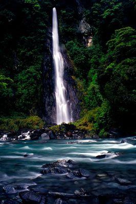 Wasserfall in Neuseeland; Arthur's Pass