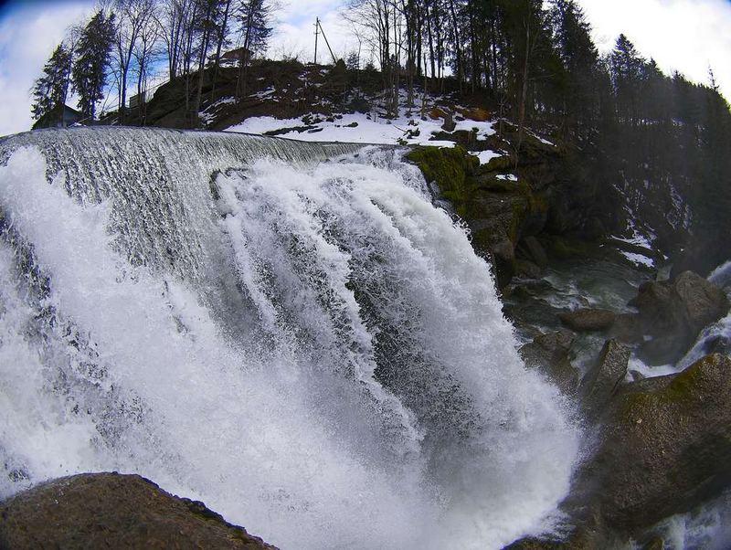 Wasserfall, Kraftwerk-Club Krummenau
