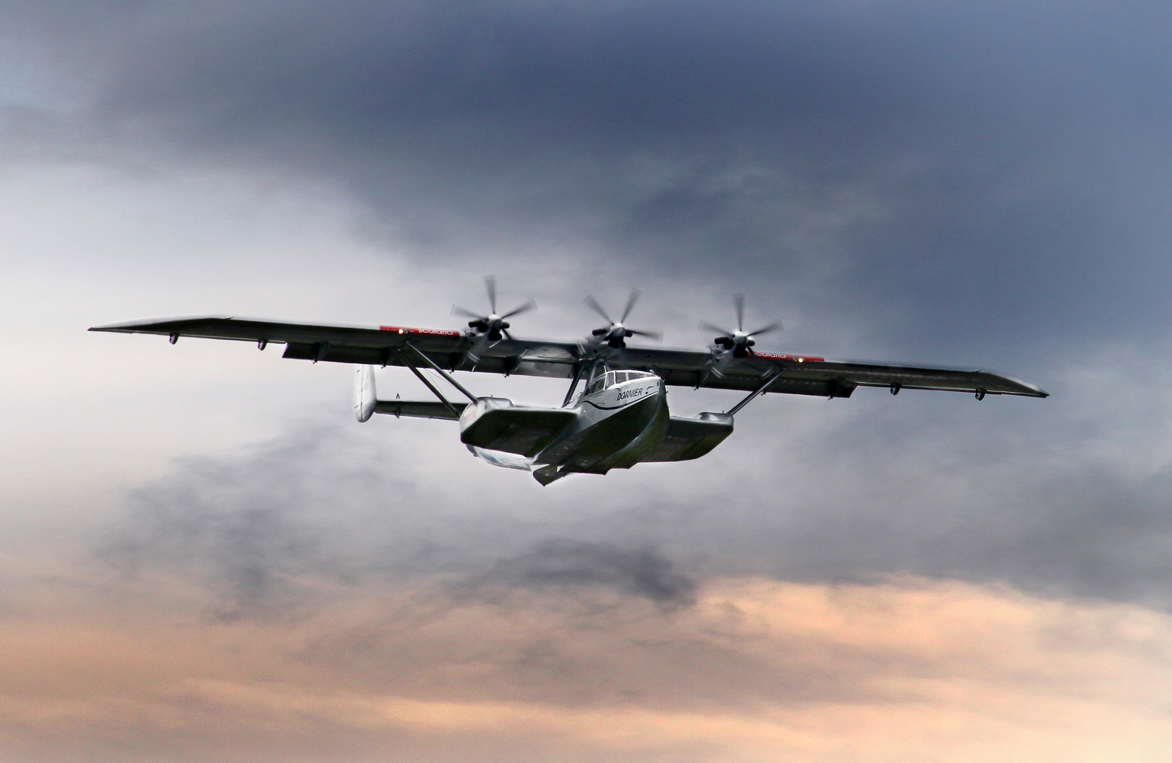 "Wasserflugzeug "" Dornier DO 24 ATT """
