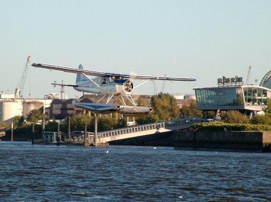 Wasserflugzeug - Start