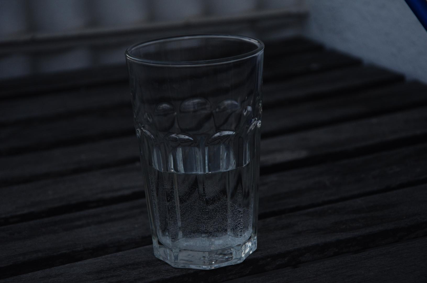 Wasserglas1