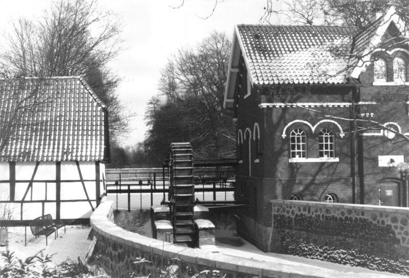 Wassermühle im Winter