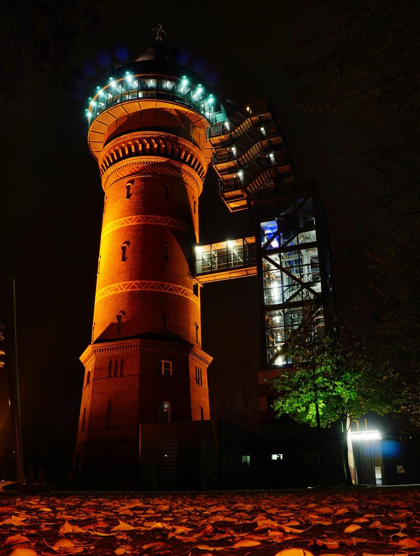 Wassermuseum bei Nacht