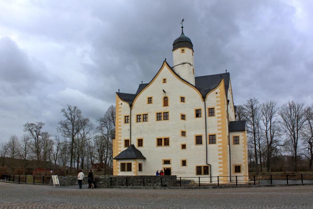 Wasserschloss Klaffenbach bei Schlechtwetter