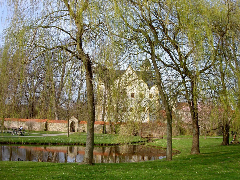 Wasserschloss Klaffenbach im Frühling