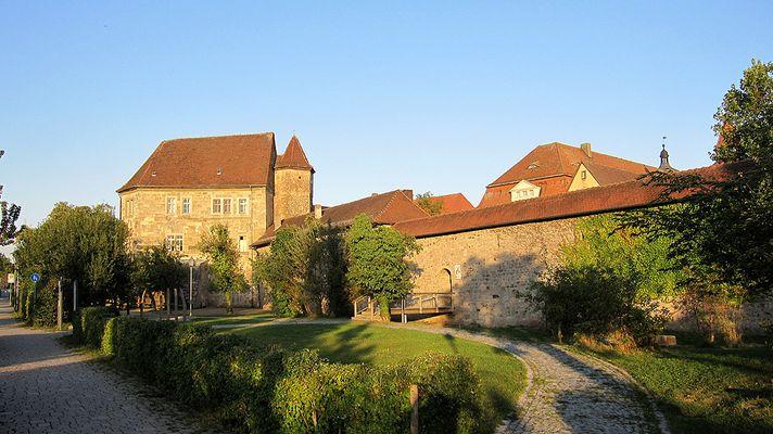 Wasserschloss und Karpfenmuseum