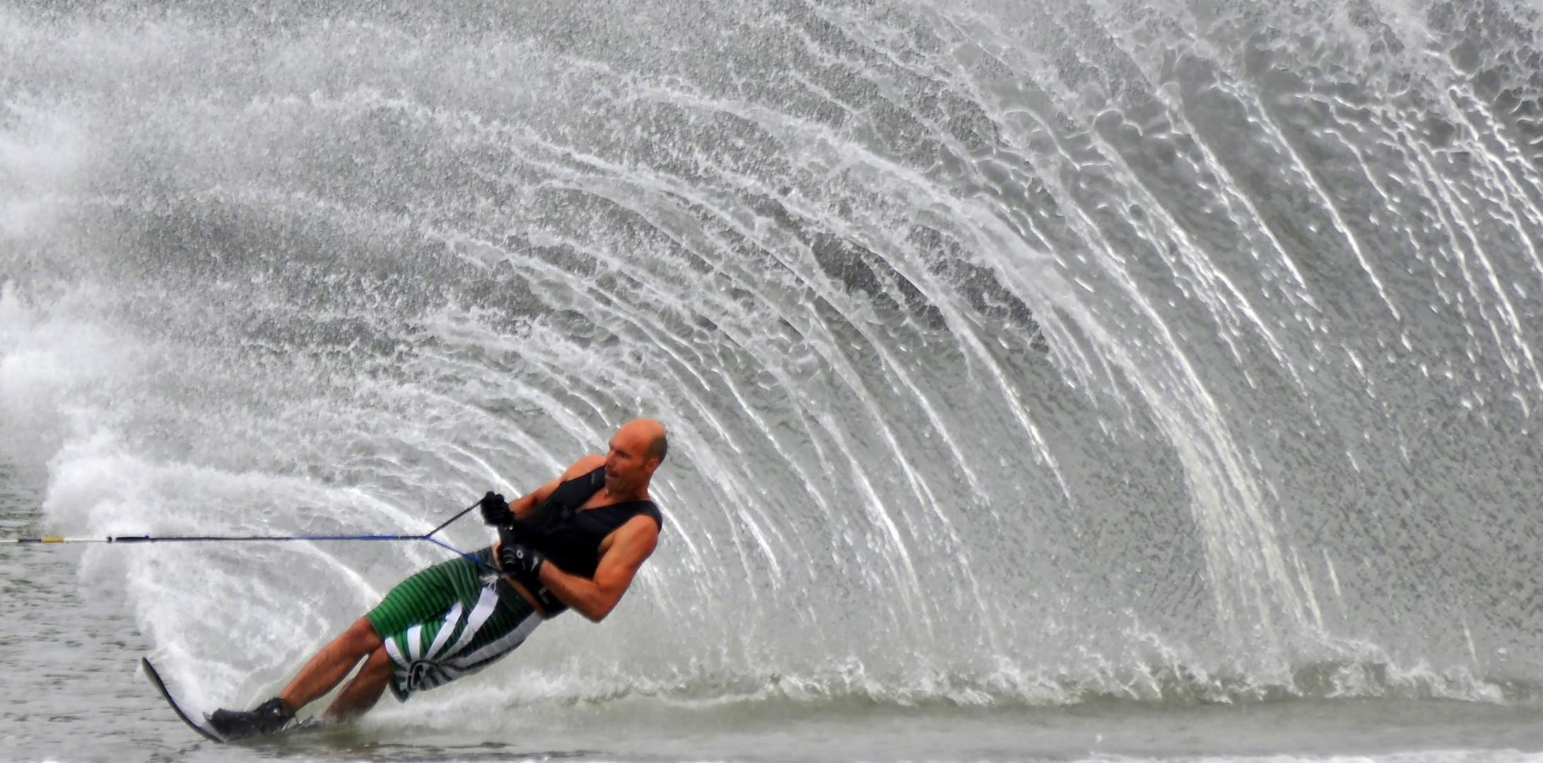 Wasserski Slalom 3