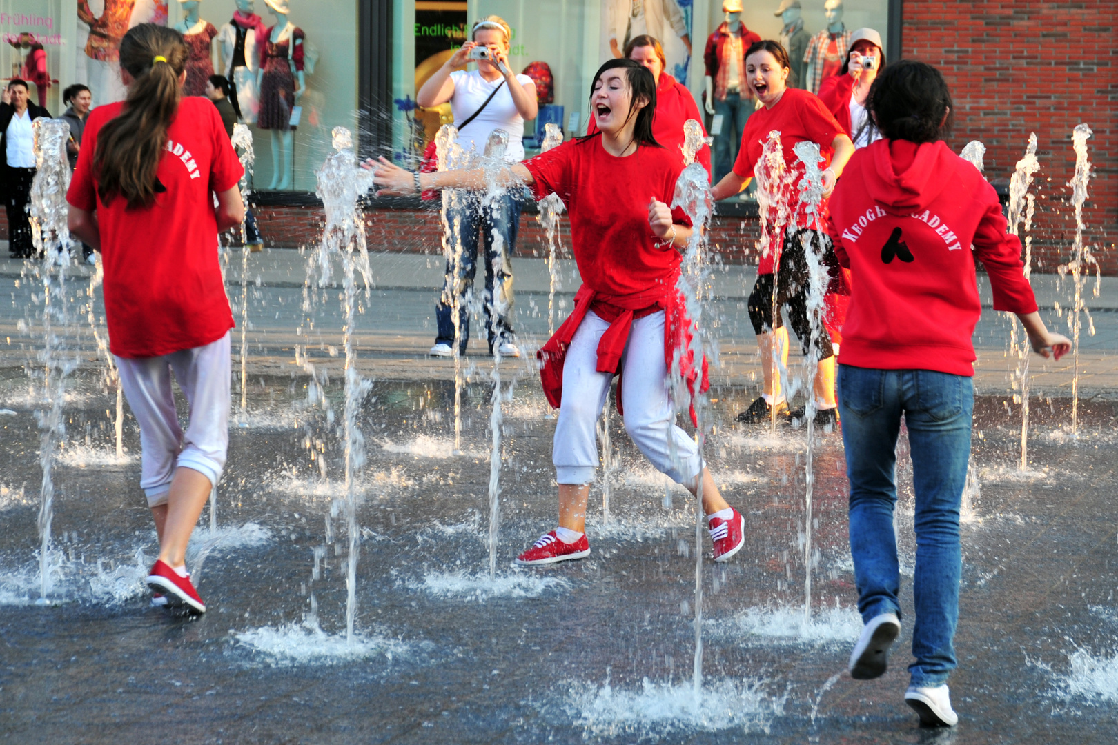 Wasserspiele in der Duisburger City
