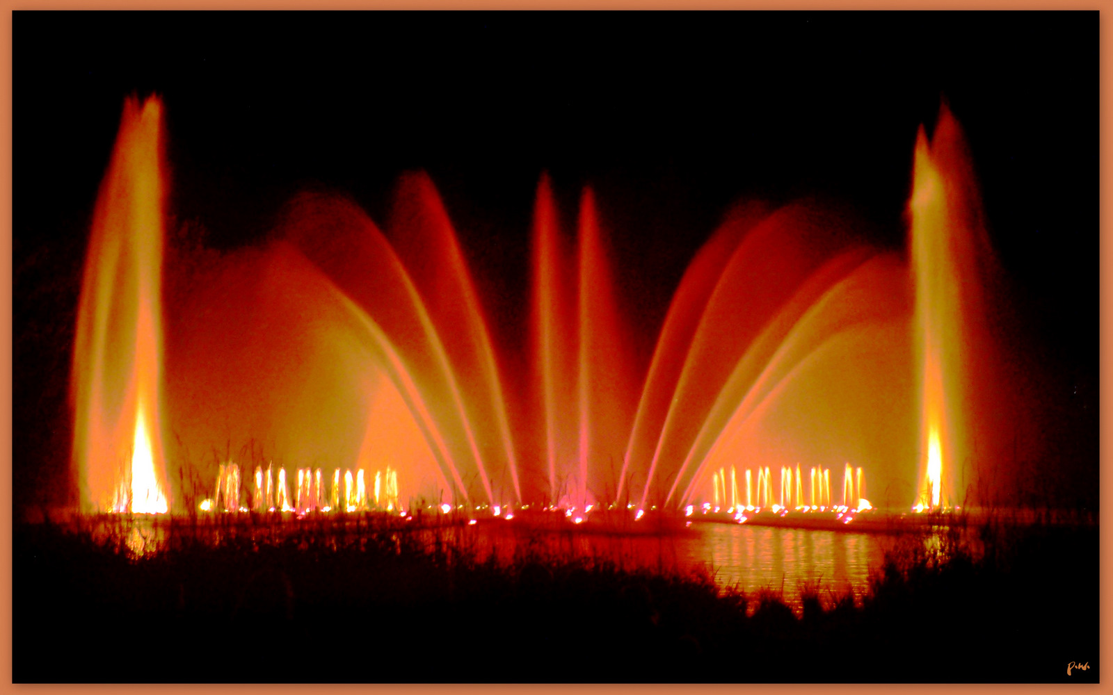 Wasserspiele in Planten un Blomen Foto & Bild