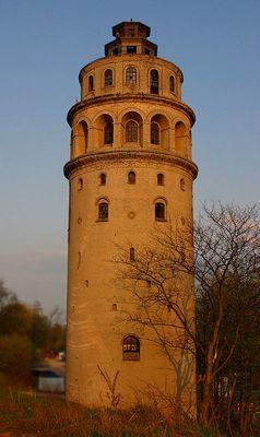 Wasserturm bei Abendsonne