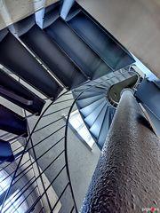 Wasserturm Wesel - Wendeltreppe mit Füllrohr