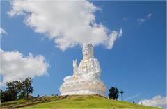 Wat Huay Pla Kung 10