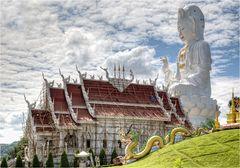 Wat Huay Pla Kung 4