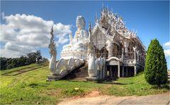 Wat Huay Pla Kung 5