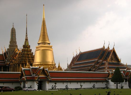 Wat Phra Keow just before the rain starts
