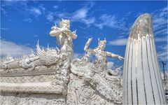 Wat Rong Khun 04