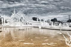 Wat Rong Khun 11