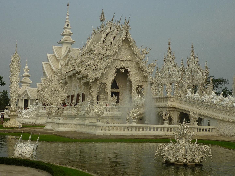 Wat Rong Khun (Weißer Tempel) bei Chiang Rai