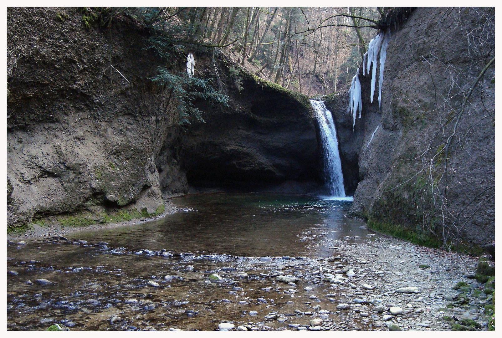 ...waterfall ...