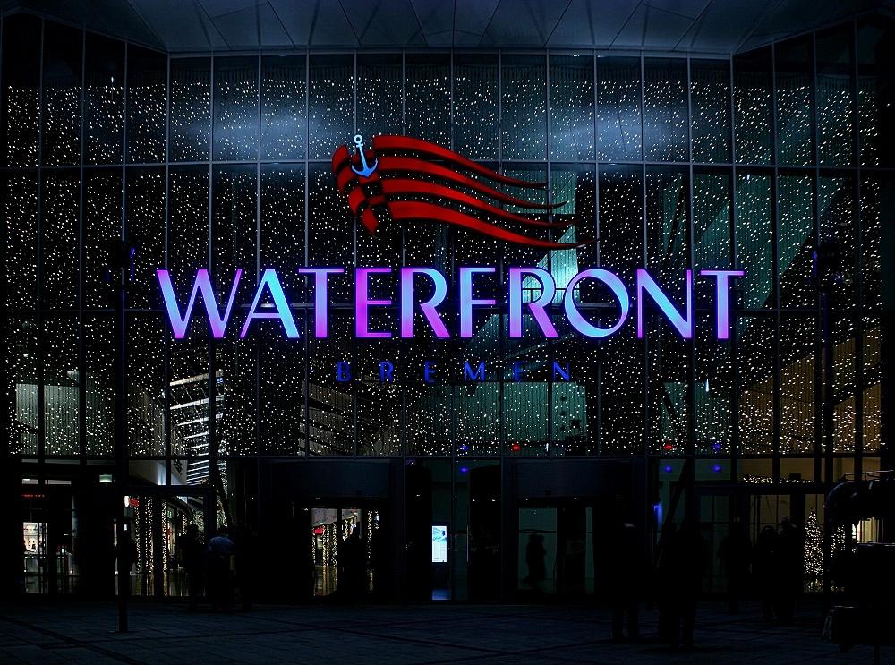 Waterfront in der Weihnachtszeit