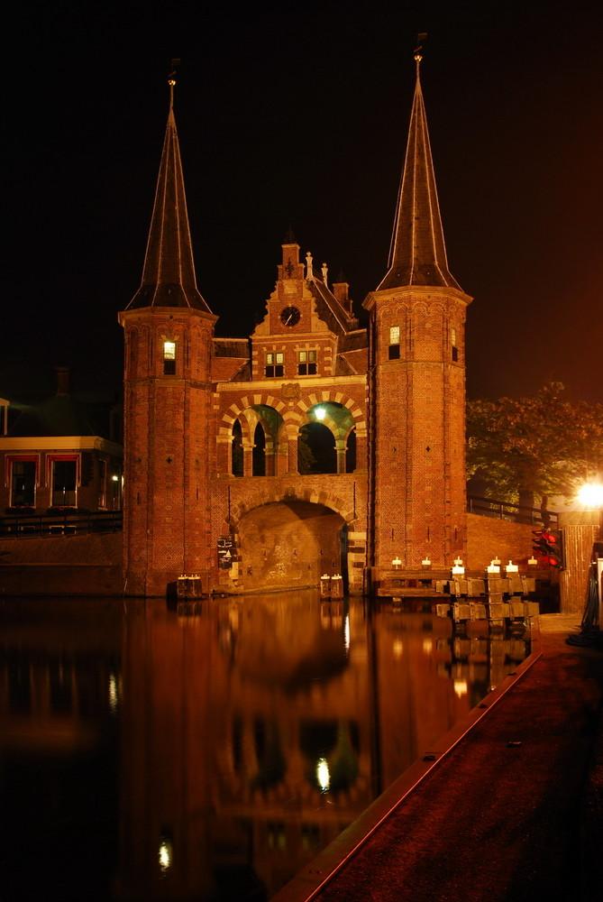 Waterpoort bei Nacht 1