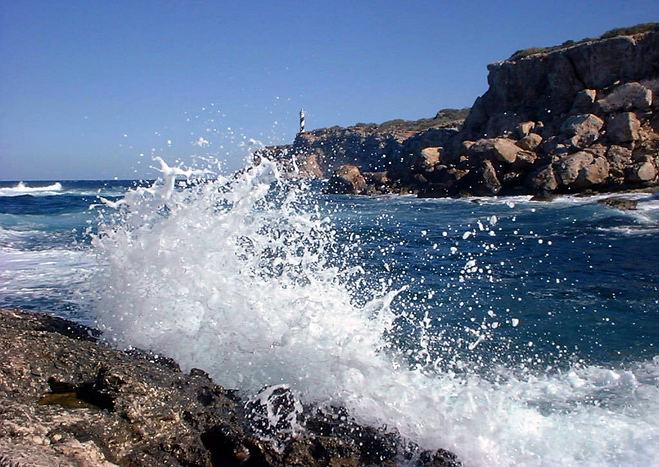 Waves at Portinatx