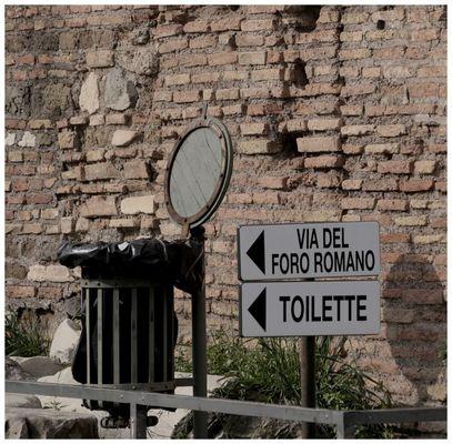 WC auf italienisch