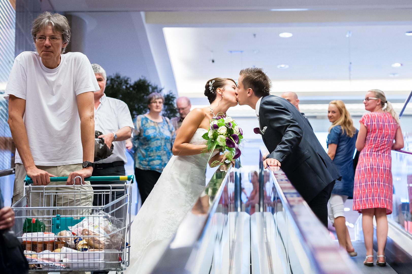 wedding escalator