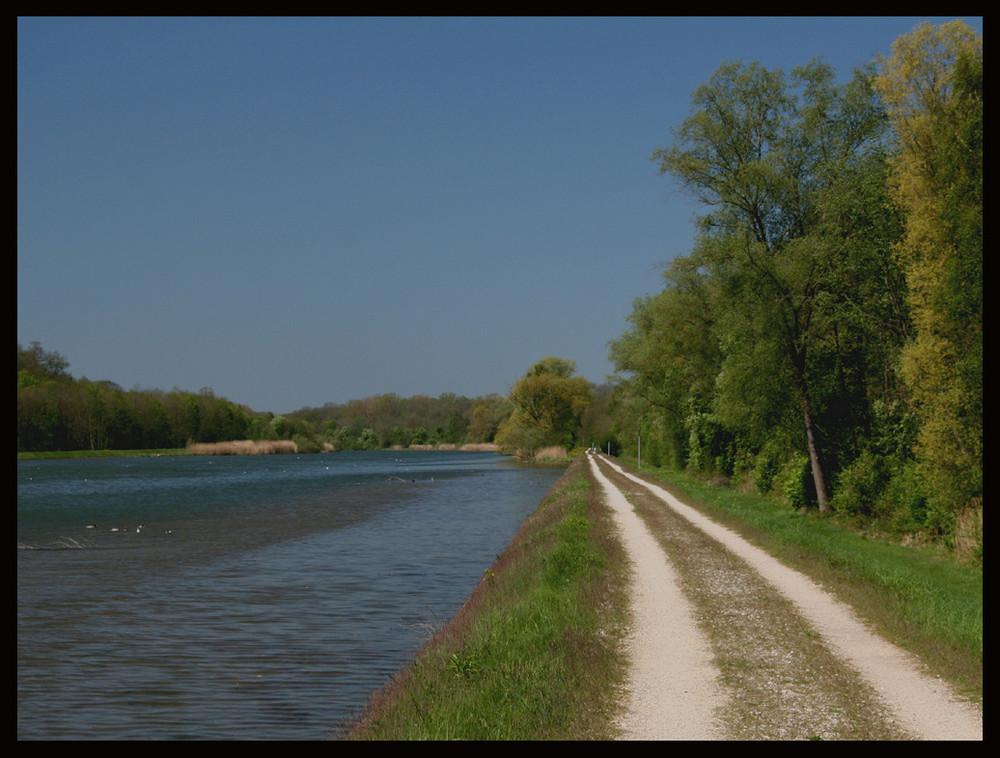 Wege an der Donau