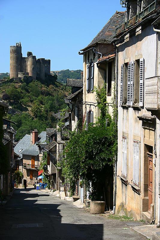 Wehranlage in Najac, Frankreich