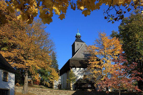 Wehrkirche in Großrückerswalde