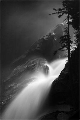 Weiches Wasser und harter Fels