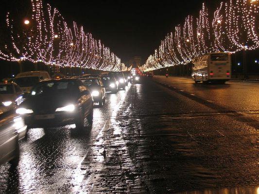 Weihnachten Beleuchtungen auf die Champs-Elysées, Paris
