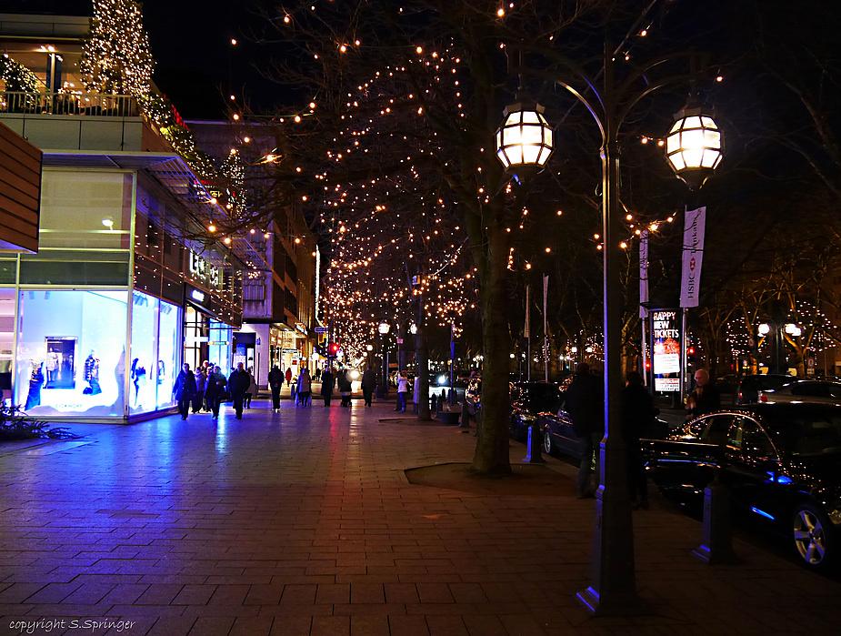 Weihnachtliche Lichter auf der Kö