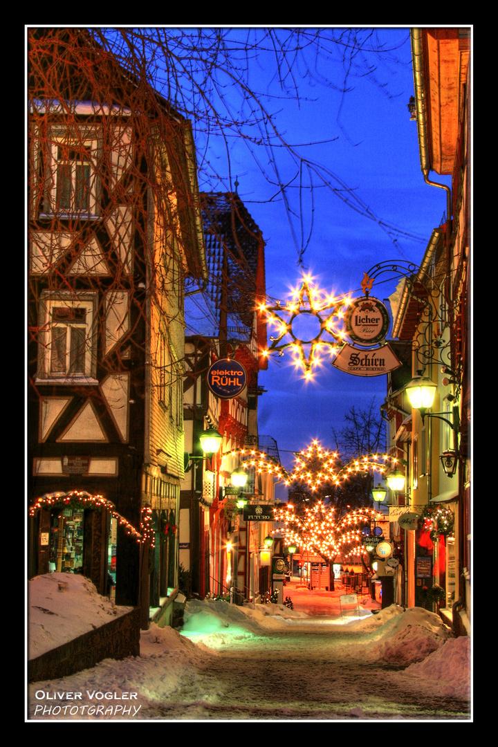 Weihnachtliche Marktgasse in Grünberg