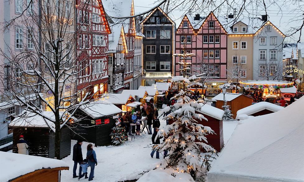 weihnachtliches hachenburg ii foto bild deutschland. Black Bedroom Furniture Sets. Home Design Ideas
