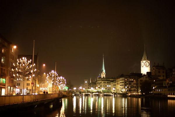 Weihnachtliches Zürich by Night