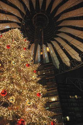 Weihnachtsbaum im Sony-Center