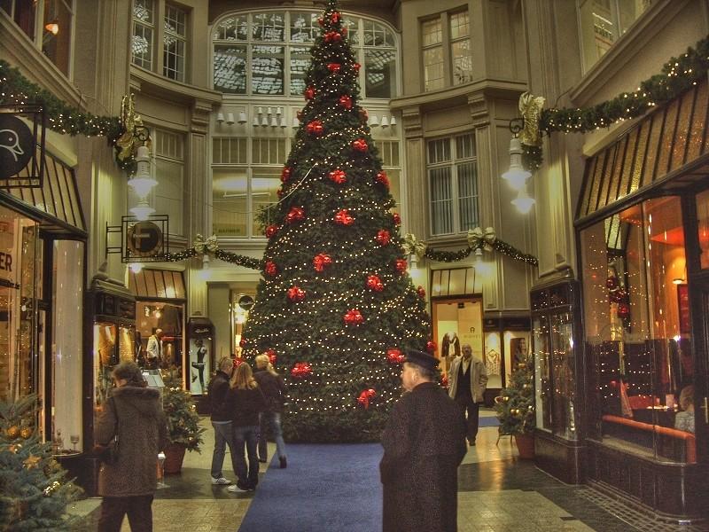 weihnachtsbaum in einkaufspassage 2006 foto bild deutschland europe sachsen bilder auf. Black Bedroom Furniture Sets. Home Design Ideas