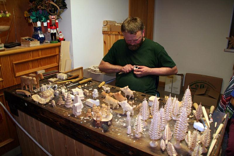 Weihnachtsdekoration in Handarbeit hergestellt