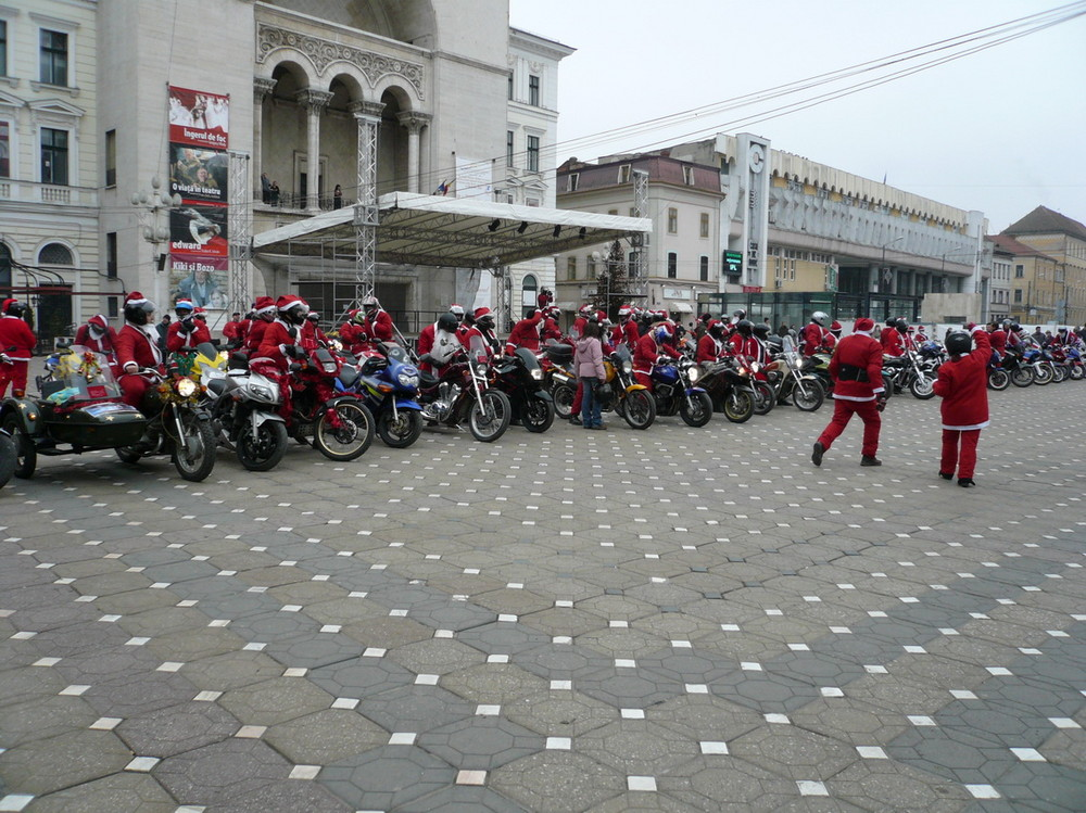 Weihnachtsmänner Sammlung, Adunarea Mos- Craciunilor Timisoara 2007