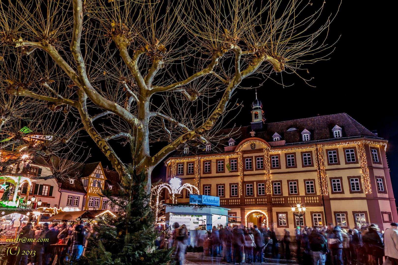 Weihnachtsmarkt 2013 In Neustadt An Der Weinstra E Foto