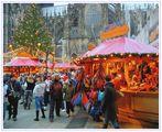 Weihnachtsmarkt im Schatten des Kölner Domes