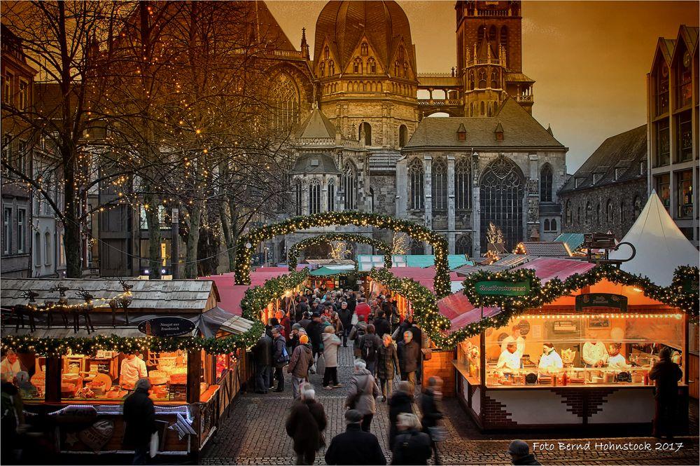 Weihnachtsmarkt in der Kaiserstadt ....
