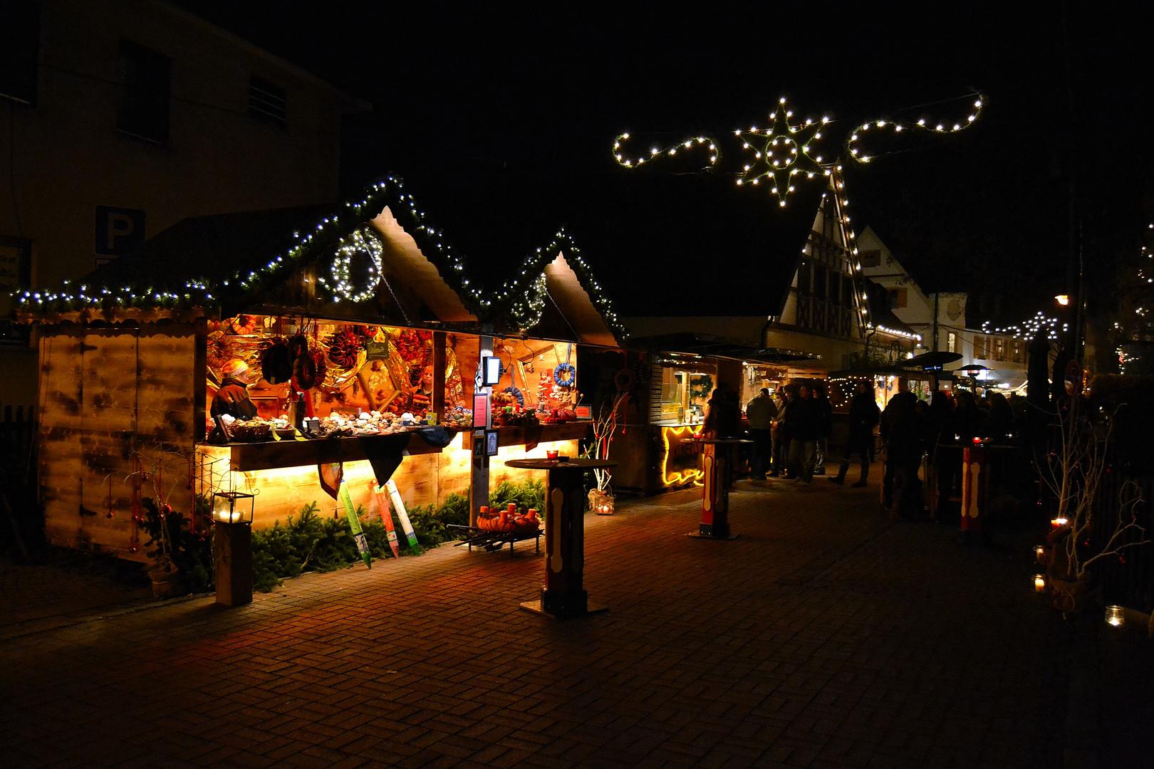 Weihnachtsmarkt in der nacht 2