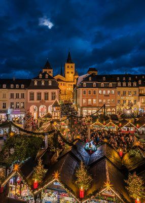 *Weihnachtsmarkt Trier*