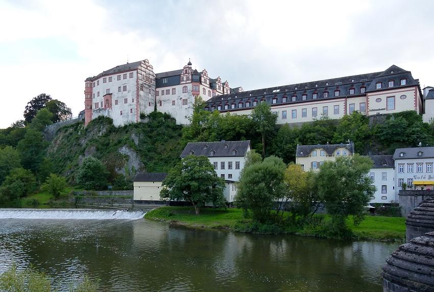 ...Weilburger-Schloss-Ansichten...