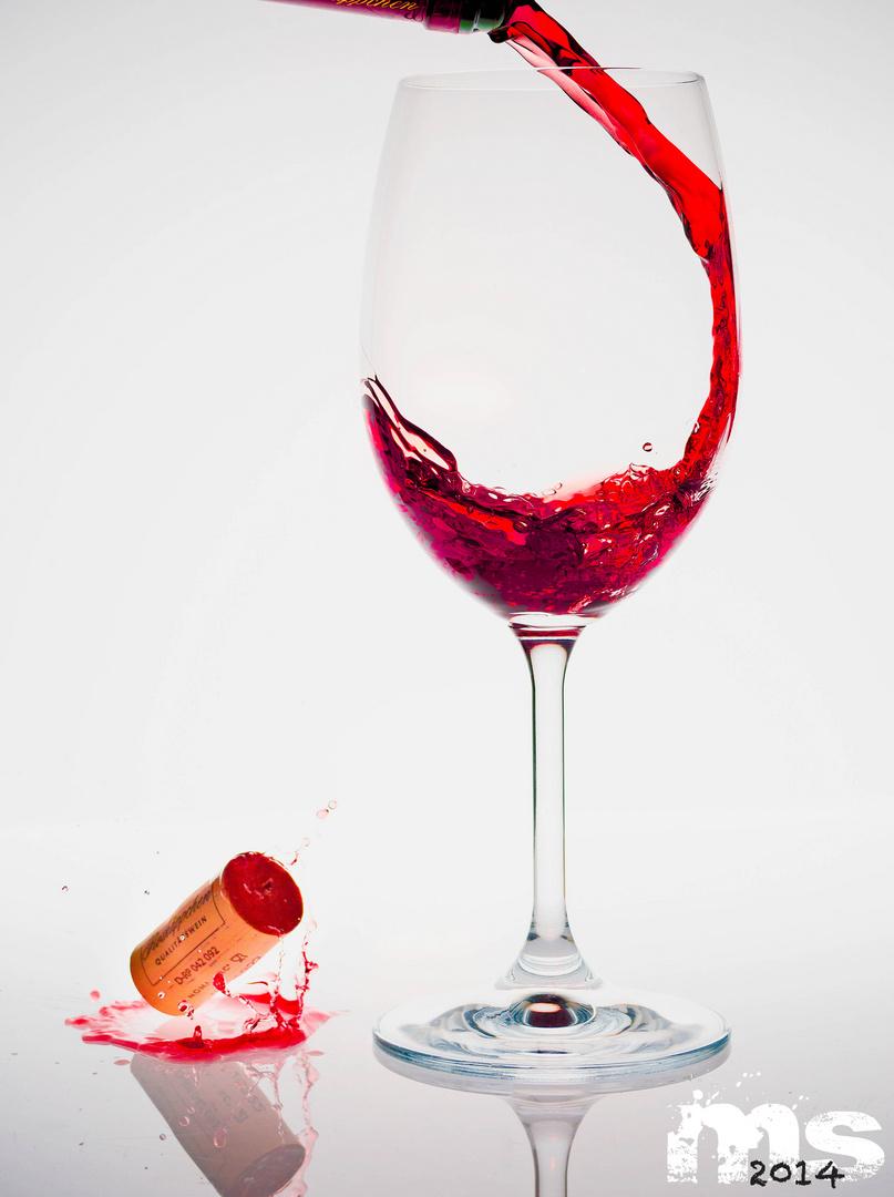 Wein einschenken