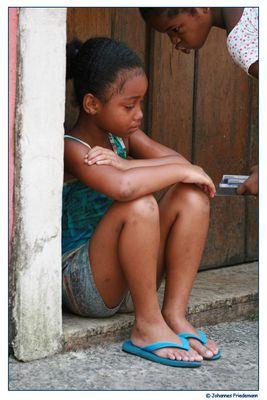 weinendes Mädchen am Pelourinho - menina chorando no Pelourinho